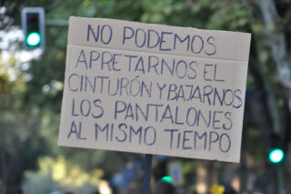 Cartel de protesta.